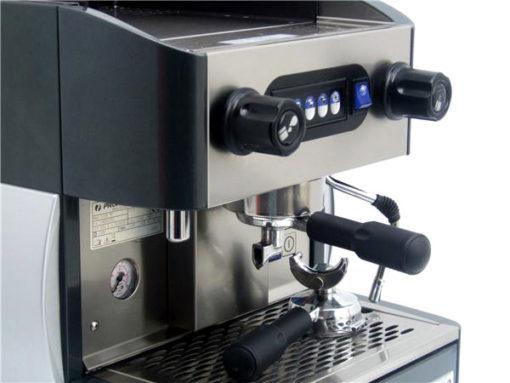 Bravura-Promac-Club-Me-Coffee- Machine-Controls