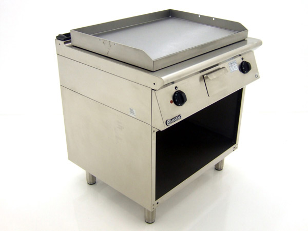 Mareno-FT7-8EL-Freestanding-Griddle-Front-Left