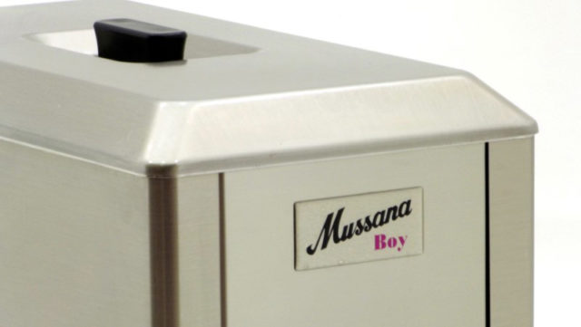 Mussana-Boy-Cream-Whipping Machine-Smaller-Logo